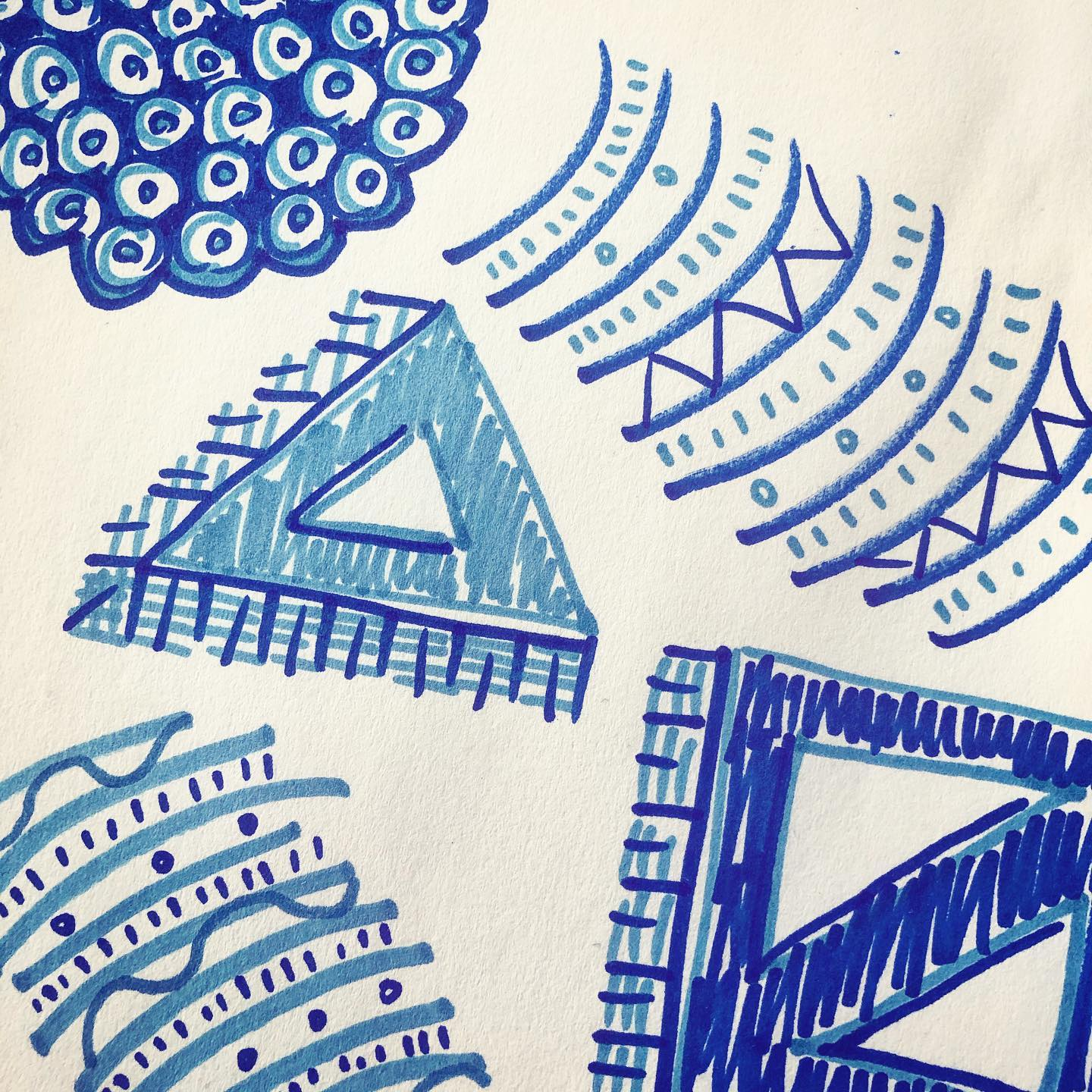 Doodily Doodily Doo – Desk Doodles
